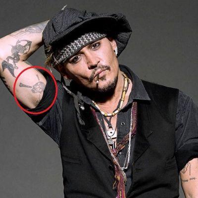 'Skull with Crossed Bones' Tattoo